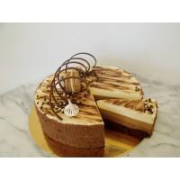 Tripla csokoládés mousse torta