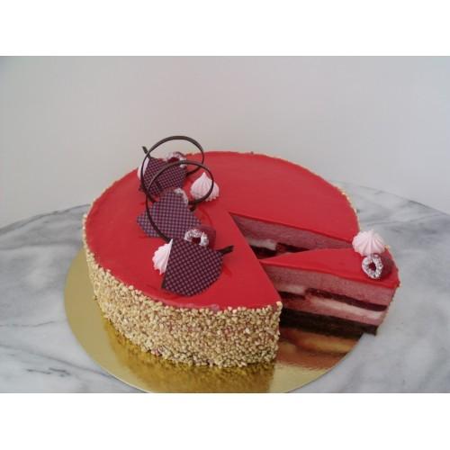 Joghurtos Málna mousse torta
